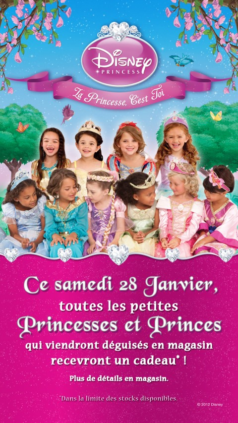 en 2012 toutes les princesses disney sont a l honneur au disney store. Black Bedroom Furniture Sets. Home Design Ideas