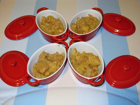 cassolette de purée de pomme et beurre de cacahuète