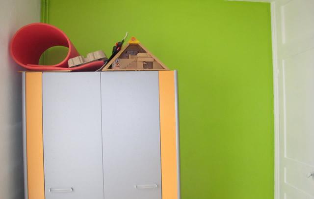 mur-vert-chambre-garcon