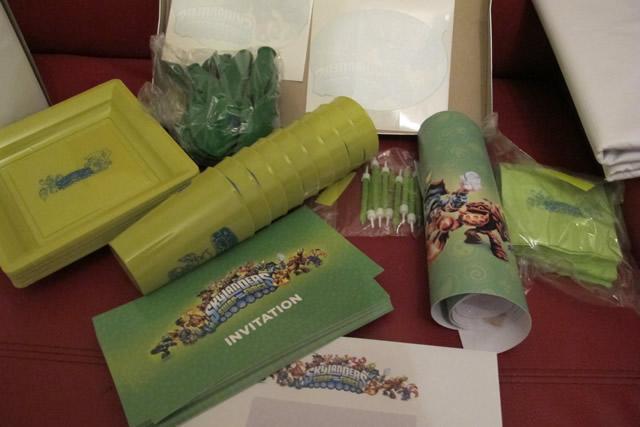 contenu-kit-anniversaire-skylanders