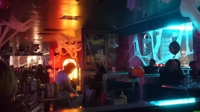 tommys-diner-cafe-20
