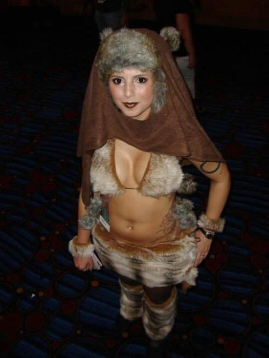 ewok-cosplay-star-wars
