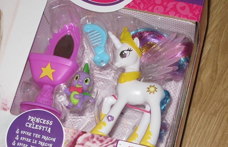 le-royaume-de-canterlot-my-little-pony-01