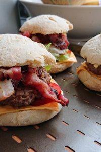 Recette d'hamburger sauce barbecue Gastronogeek Hachette Heroes