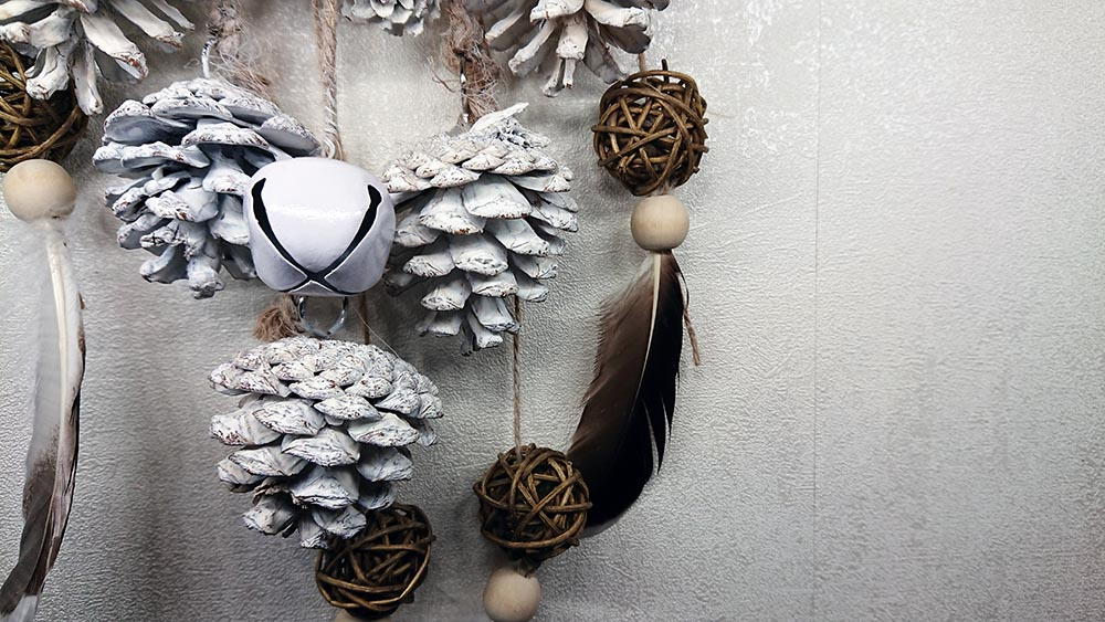 DIY Attrape Rêves blanc façon Huge #dreamcatcher #attrapereves #diy #noel